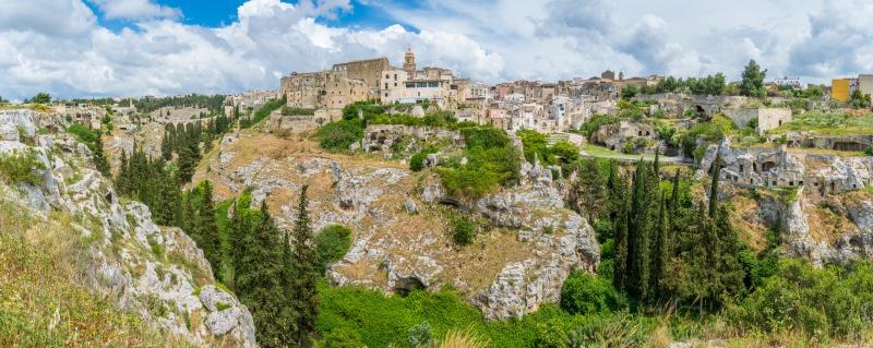 Gravine di Ginosa in Puglia